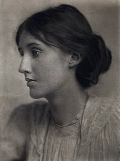 240px-Virginia_Woolf_by_George_Charles_Beresford_(1902)